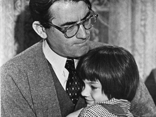 Atticus and Scout_to_kill_a_mockingbird