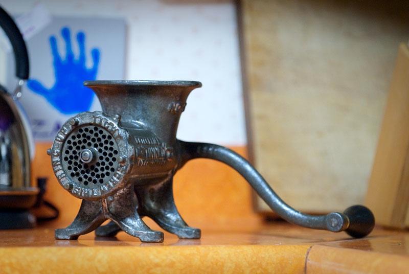 Meat grinder-1