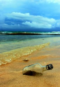 message-in-the-bottle-582414-m